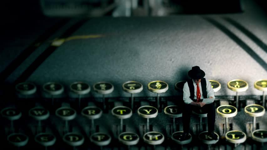 scrivere-giallo